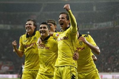 Les joueurs de Dortmund filent vers le titre. (Reuters)