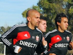 Verón lors de son premier entraînement depuis l'annonce de son retour sur les terrains.