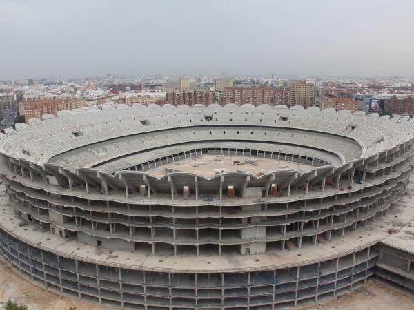 """Le """"Nou Mestalla"""" en attente depuis maintenat quatre ans"""