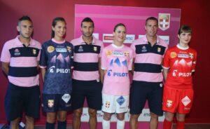 Maillots d'Évian-Thonon-Gaillard pour la saison 2013-14