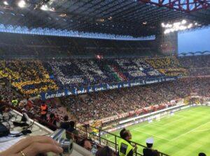 Curva Nord de l'Inter Milan lors du derby face au Milan AC le 4 mai dernier. (DR)