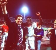 FUSSBALL: CHAMPIONS LEAGUE 93/94, AC MAILAND
