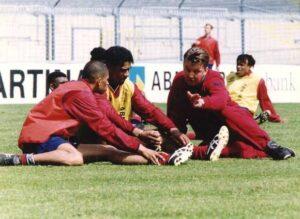 Van Gaal avec Reiziger et Rijkaard avant-veille finale 22 mai 95