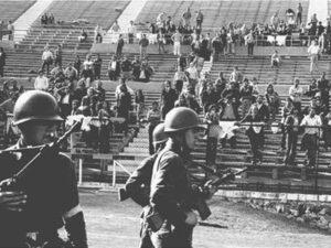 La dictature militaire avait transformé le stade en camp de concentration. (DR)