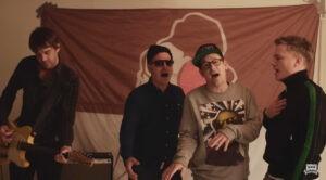 Les rappeurs de Fettes Brot rendent hommage à Ewald Lienen – source : radio Hamburg