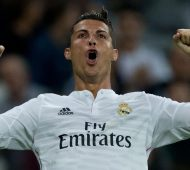 MADRID, SPAIN - SEPTEMBER 23:  Cristiano Ronaldo of Real Madrid CF celebrates scoring their fifth goal during the La Liga match between Real Madrid CF and Elche CF at Estadio Santiago Bernabeu on September 23, 2014 in Madrid, Spain.  (Photo by Gonzalo Arroyo Moreno/Getty Images)