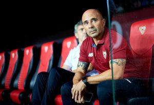 SEVILLE, SPAIN - AUGUST 20: Head Coach of Sevilla FC Jorge Sampaoli looks on during the match between Sevilla FC vs RCD Espanyol as part of La Liga at Estadio Ramon Sanchez Pizjuan on August 20, 2016 in Seville, Spain. (Photo by Aitor Alcalde/Getty Images)